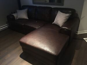 Sofa Sectionnel en cuir / leather sectional couch