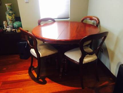 Wooden expandable dining table + 8 chairs Claremont Nedlands Area Preview