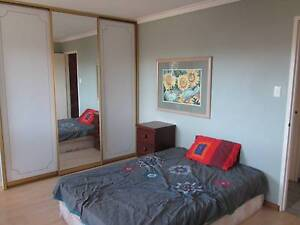 East Fremantle 2 rooms for 1 female age open, no bills free WiFi East Fremantle Fremantle Area Preview