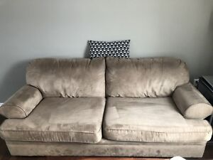 Good condition couch forsale