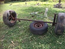 5 foot axle, hubs and wheels Paterson Dungog Area Preview