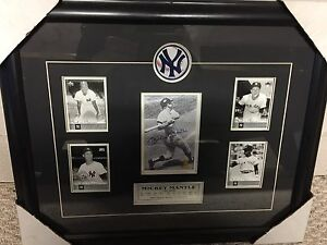 Mickey mantle New York yankee signed and framed pic with coa