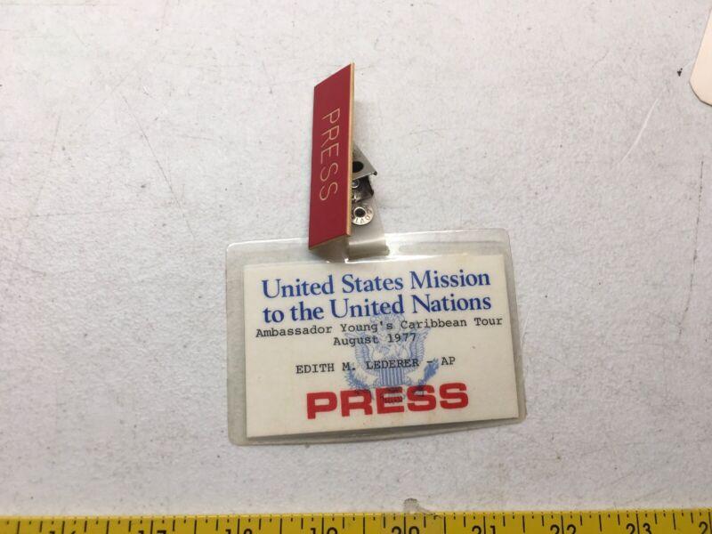 ASSOCIATE PRESS EDITH LEDEDER JOURNALIST BADGE AMBASSADOR UNITED NATIONS YOUNG