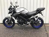 Yamaha MT - 125 2016 SILVER BLUE FULL HISTORY 1 OWNER