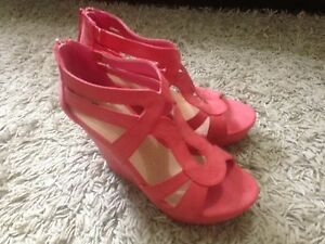 Hot pink wedges. Size 7
