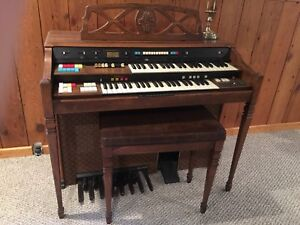 Free Organ in good working condition