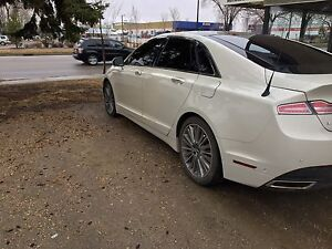 Like New Preferred AWD 2014 Lincoln MKZ 37,000km!