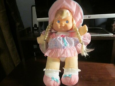 Fisher Price vintage 1992 Puffalump kids pink dress and hat blonde hair