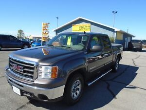 2011 GMC Sierra SLE CREW CAB - PRICED TO SELL- PAULETTEAUTO.COM