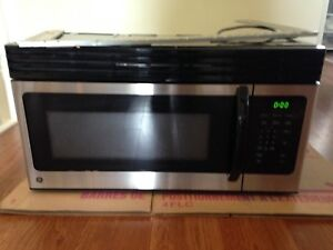 GOOD CONDITION OVER THE RANGE MICROWAVE
