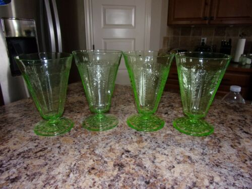 "Set of 4 Green Depression Glass PRINCESS 5 3/8"" Footed Tumblers Glasses"