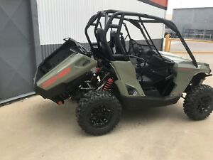 Brand new 2018 can am commander 800
