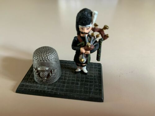 Scottish Bagpipe Player Thimble Holder pewter thistle old sewing item vintage