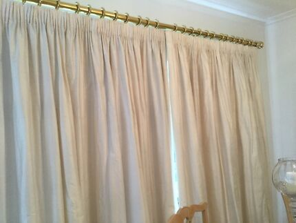 Silk Drapes Norwood Norwood Area Preview