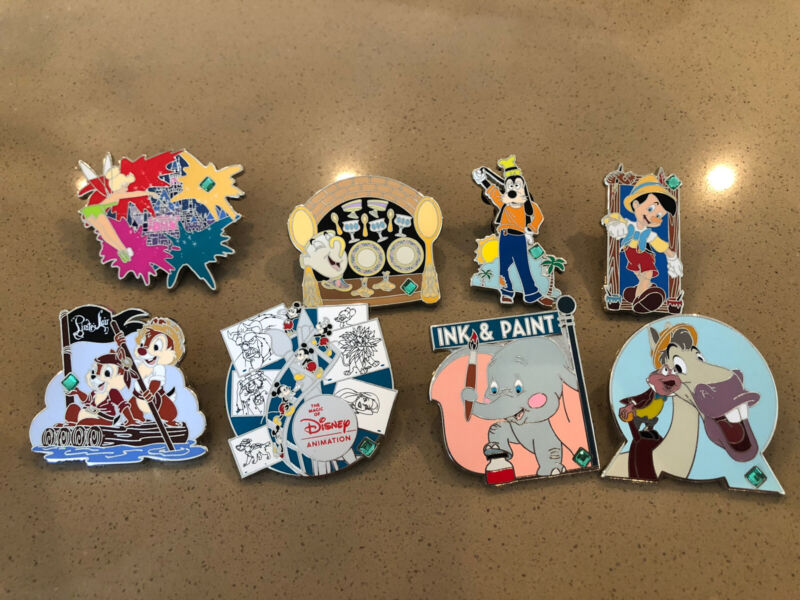 Disney Pin 20 Years Pin of Trading Our Favorite Memories Mystery Pin Lot Chip &