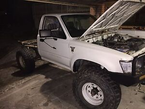 Toyota Hilux Ln 106r 4x4 Parts and accessories forsale, Cordeaux Heights Wollongong Area Preview