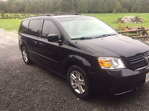 2010 DODGE CARAVAN(lots new)