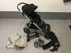 City select stroller with accessories