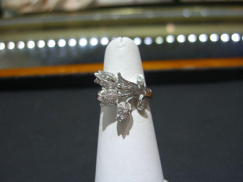 Estate Tulip Diamond Ring- Estate Ring Beautiful Size 6.5 Floral Design 18 Karat