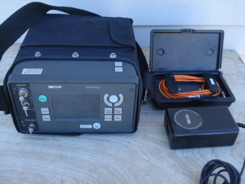 Siecor OTDR Plus Multitester VFL 383-MD55 w/Protective Case Power Supply Extras
