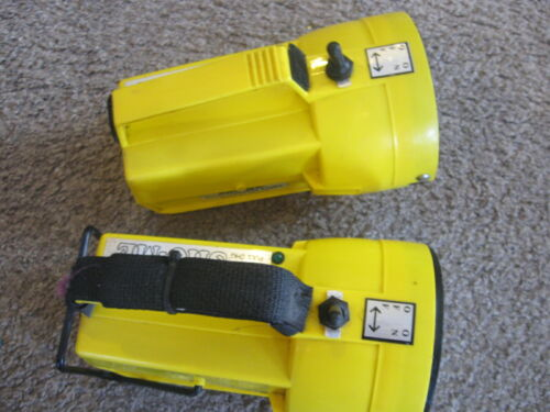 LOT 2  Sho-Me Firefighting Hand-Held rechargeable Flood Light Spotlight  09.2771