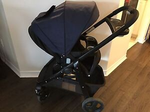 Graco Click Connect Modes Travel System Stroller and Car seat