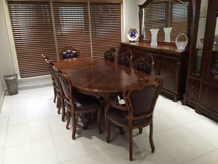 Royal Italian Dining Table and Chairs / As New Condition Ryde Ryde Area Preview