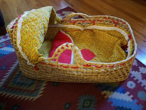 Woven Baby Moses Basket Palm, Natural Materials, Cotton Blanket, Pad, and Lining