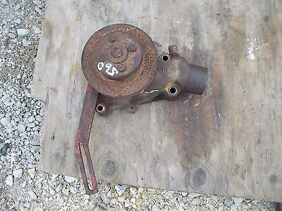 Farmall Ih 560 Tractor Engine Motor Water Pump Assembly Belt Pulley For Fan T