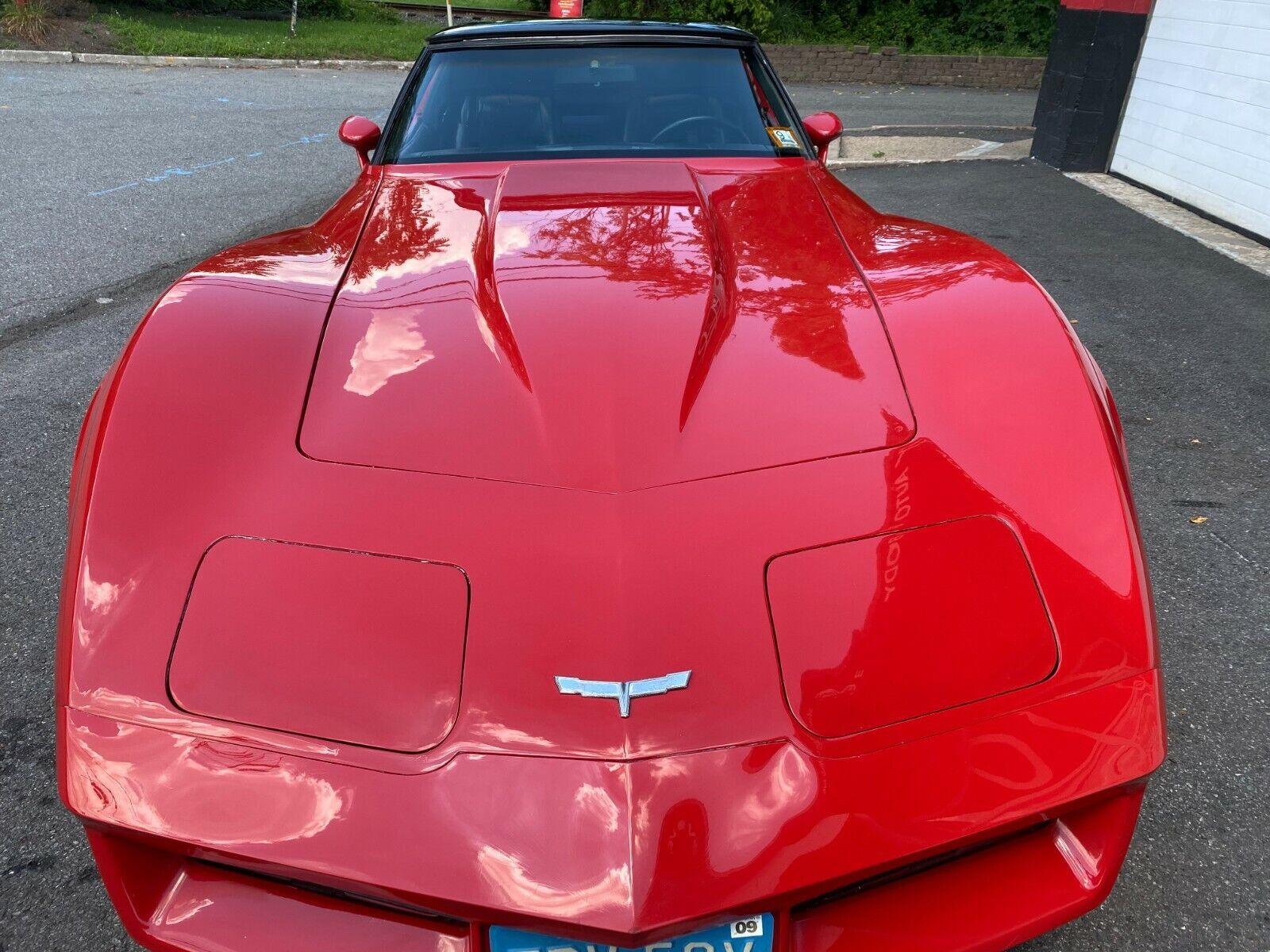 1980 Red Chevrolet Corvette     C3 Corvette Photo 1