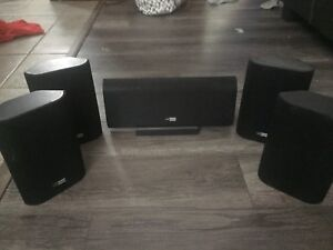 Rolk Olsen surround sound speaker set