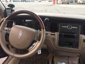 Lincoln Town Car 2010 Certified with Propane