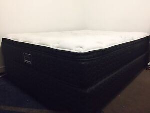 Sleepmaker Posture Queen size Bed with Base Carlton Melbourne City Preview