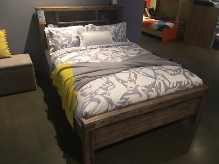 Superb Solid Acacia Hardwood Bed Frame Queen Size - BRAND NEW