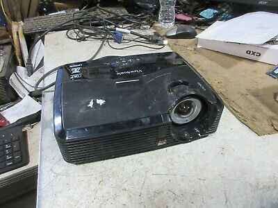 Viewsonic PJD5353 HDMI 3D DLP HOME THEATER Projector