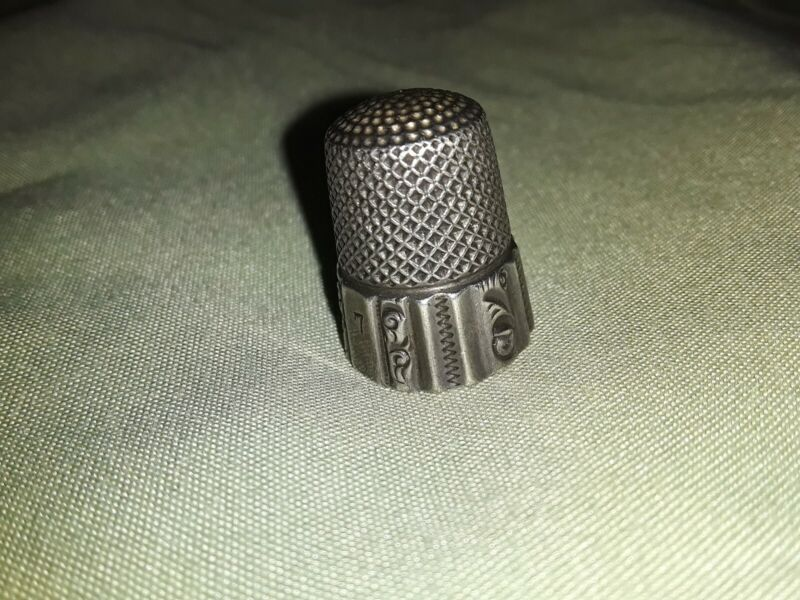 VINTAGE MKD KETCHUM & McDOUGALL STERLING SILVER THIMBLE SIZE 7