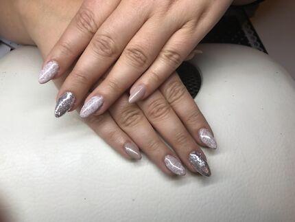 Nail technician available afterhours LLN & B