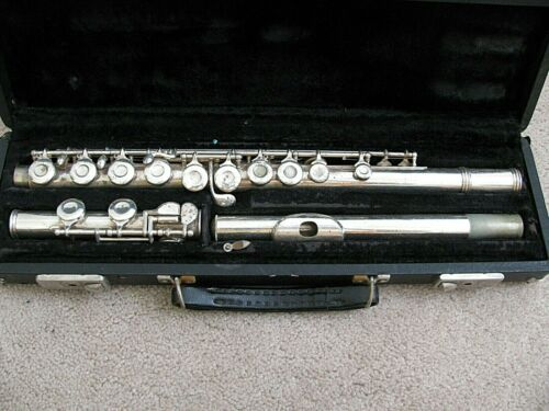 Vtg 1950s The REYNOLDS FLUTE Armstrong #23327 Pitted Case Mfd F.A. Reynolds Ohio