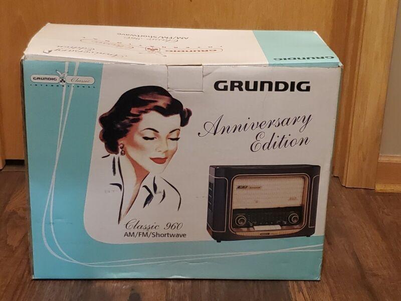 New Grundig Anniversary Edition Classic 960 Am/Fm/Shortwave Radio