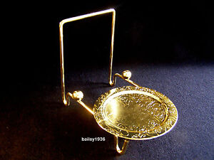 CUP And & SAUCER STAND Display Brass  Engraved Base Easel Tripar #23-2452