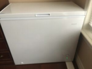 Freezer 1 year old  - chest 7 cu ft