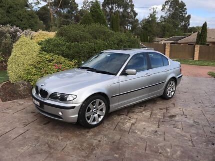 """03 BMW E46 """"325i"""" great condition"""
