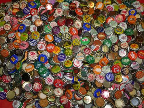 100 VINTAGE SODA POP BOTTLE CAPS 50 DIFFERENT STYLE EACH LOT + 10 BONUS CAPS