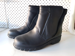 BRAND NEW - Rossi Motorcycle Boot - Size 7 Seven Hills Blacktown Area Preview