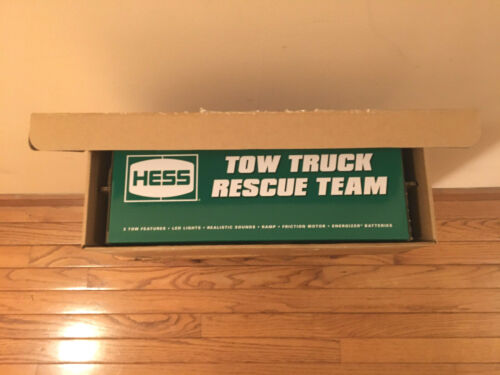 (NIB) Brand New 2019 Hess Toy Tow Truck Rescue Team