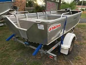 4M v nose punt Stacer Proline and Trailer 2010 mod all rego Gosford Gosford Area Preview