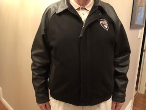 VANCOUVER GIANTS OFFICIAL TEAM JACKET