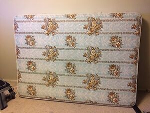 Hardly used doubles size mattress