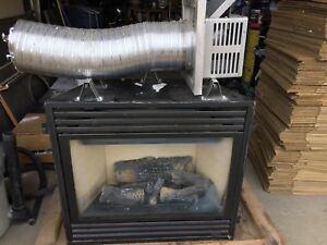 Lennox direct vent gas fire place euc. 5 years old