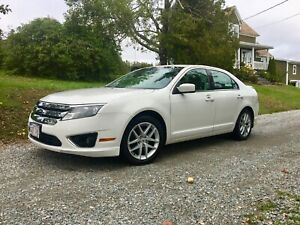 2010 Ford Fusion SEL with winter tires/rims!